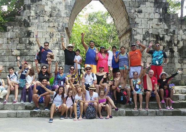 Andrea and the college group having a good time in the paradisiac island.